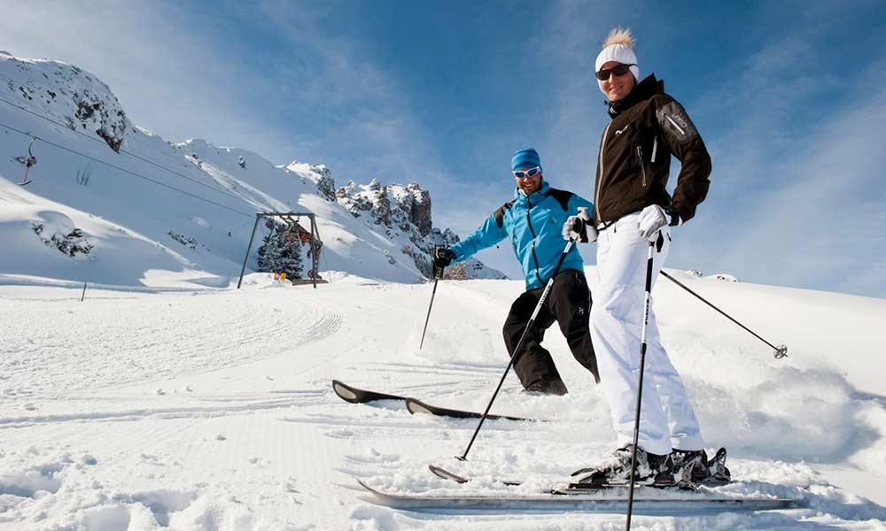 Bergwinter Skiurlaub Familienurlaub am Stubaier Gletscher Hotel Almhof Danler Hotel in Neustift Stubaital Tirol