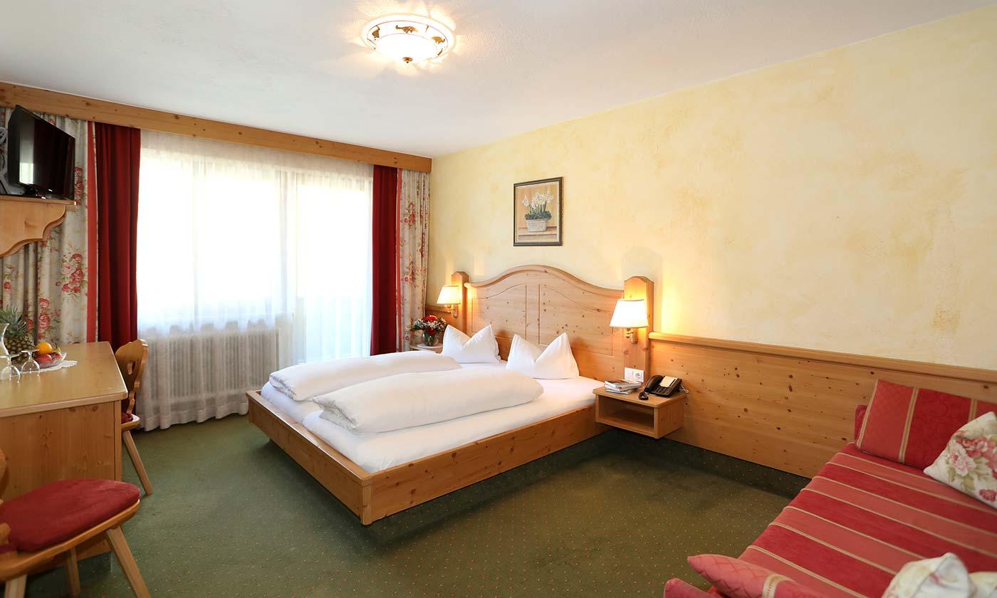 Almrausch family rooms Danler Hotel in Neustift Milders Stubaital Tyrol