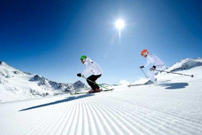 Herbstskiwochen Herbstskilauf am Stubaier Gletscher Hotel Almhof Danler Hotel in Neustift Stubaital Tirol