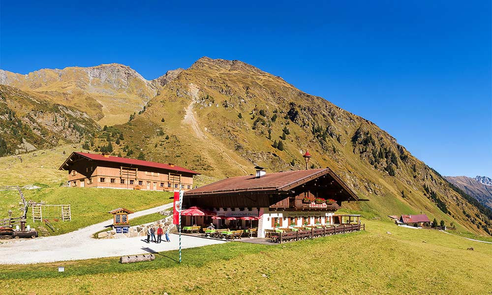 Oberiss Alm is one of the most popular destinations in the Stubai Valley.