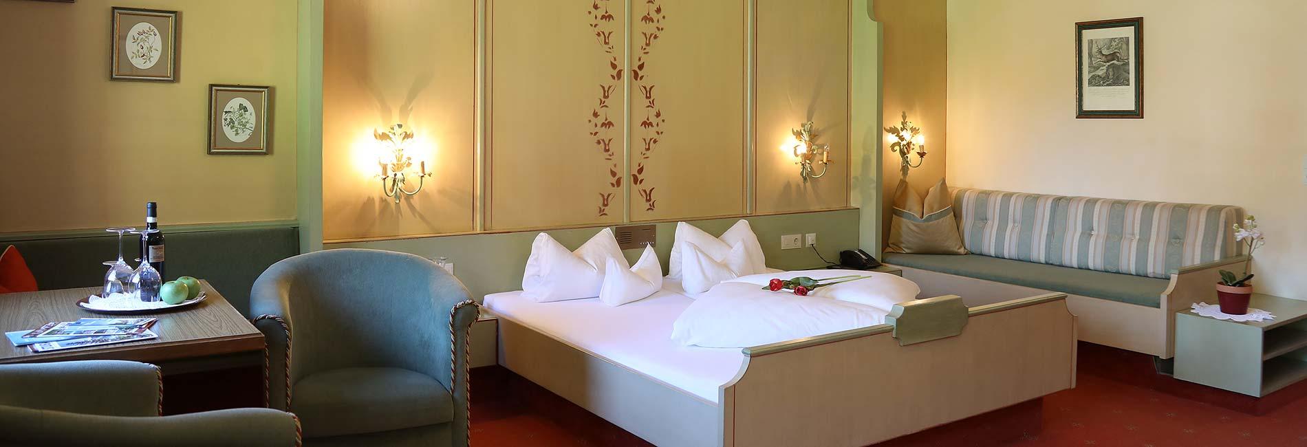 Zimmer Ferienwohnungen Appartements Hotel Almhof Pension Almrausch Urlaub im 4 Sterne Hotel in Neustift Milders Stubai Tirol