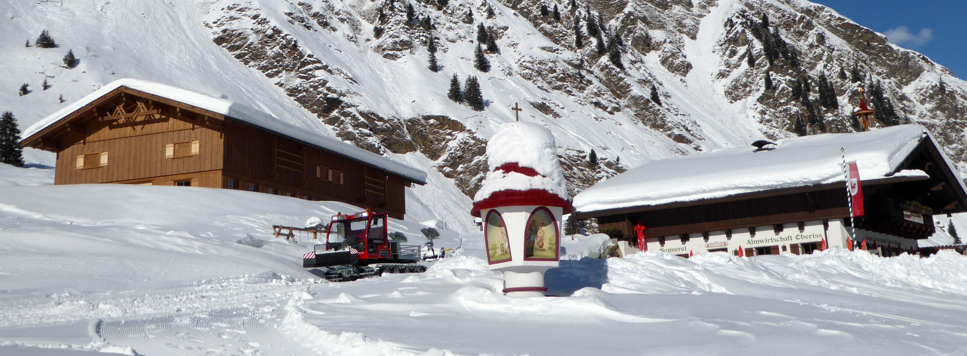 Oberiss Alm Stubaital Neustift Tirol Ausflugsziel im Winter