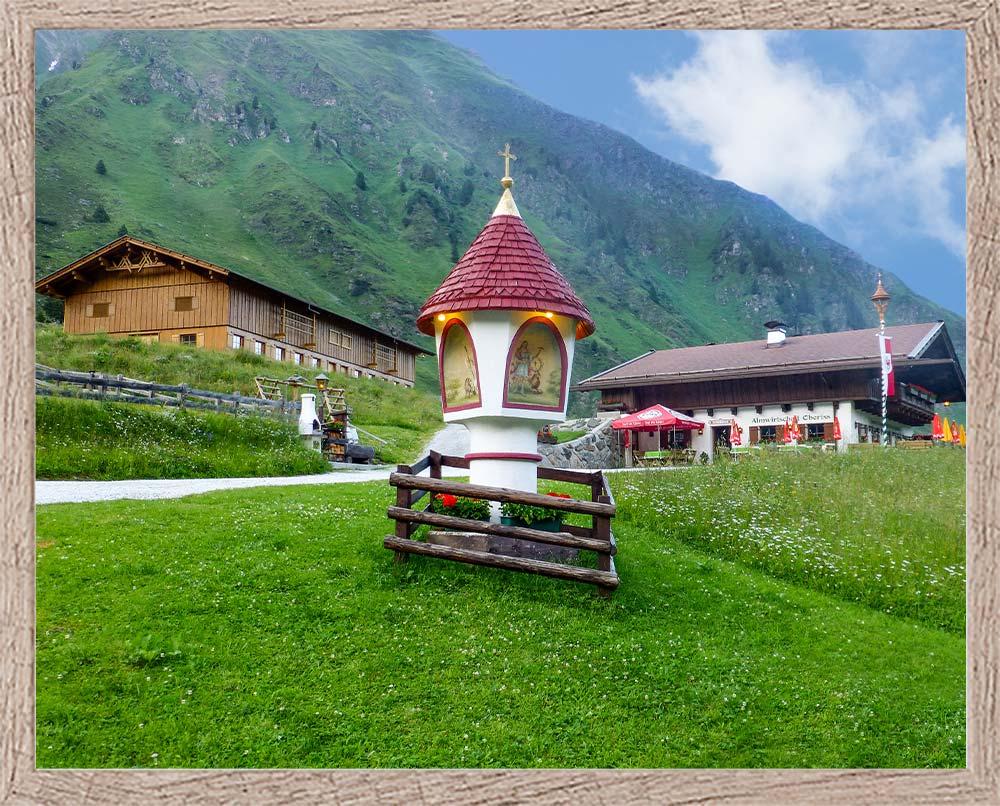 Oberiss Alm in Neustift Milders Stubaital Tirol